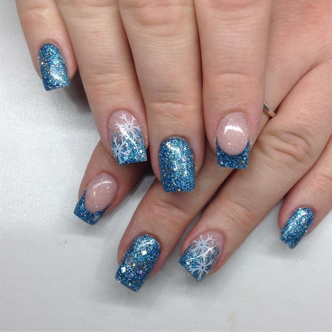 Unghie sparkle french manicure per le feste