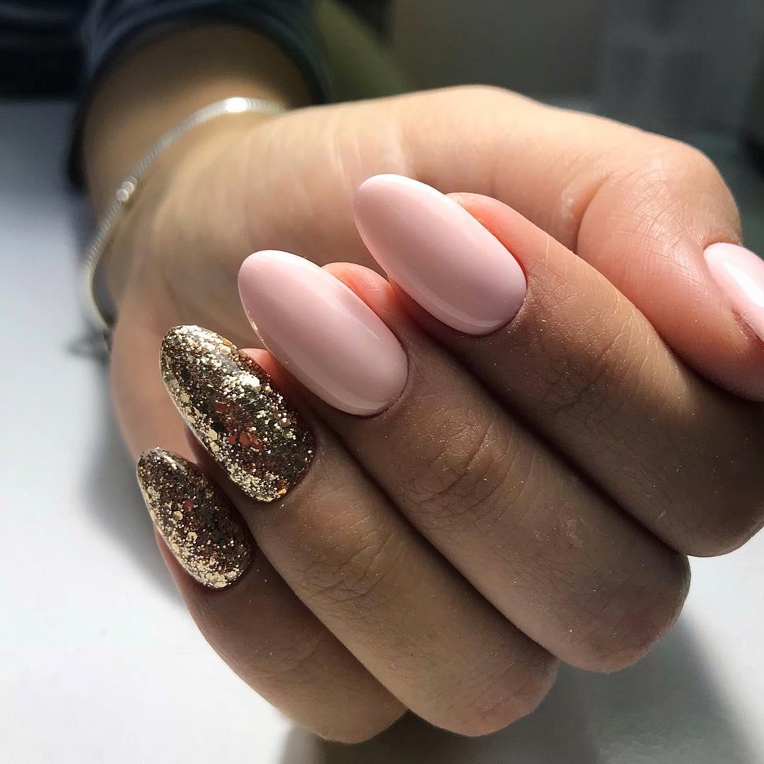 Unghie natalizie glitter rosa oro