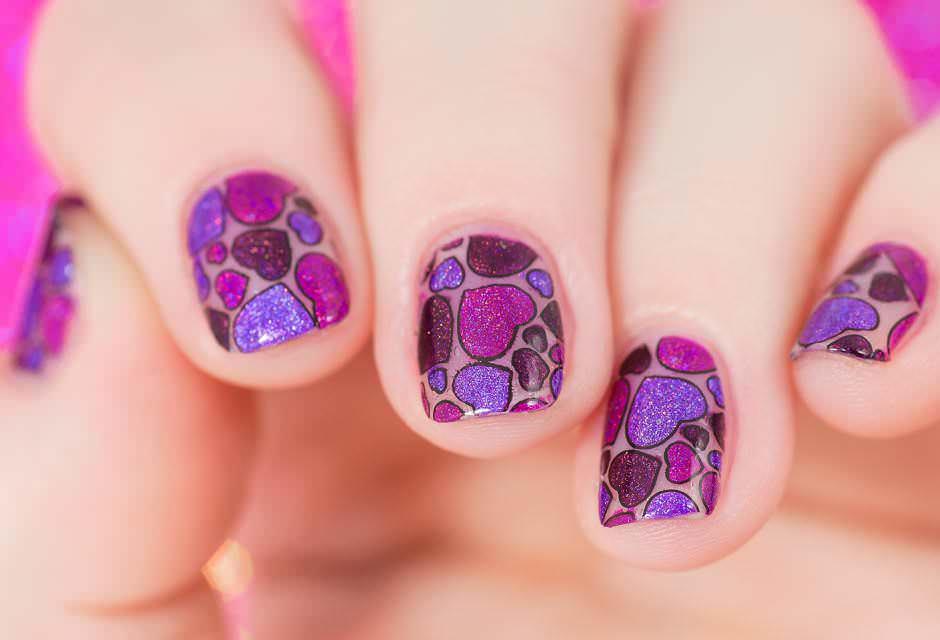 Nail art cuori San Valentino viola e lilla