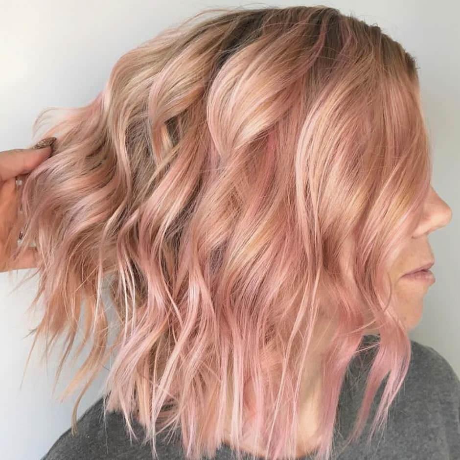 Balayage oro rosa su capelli biondi