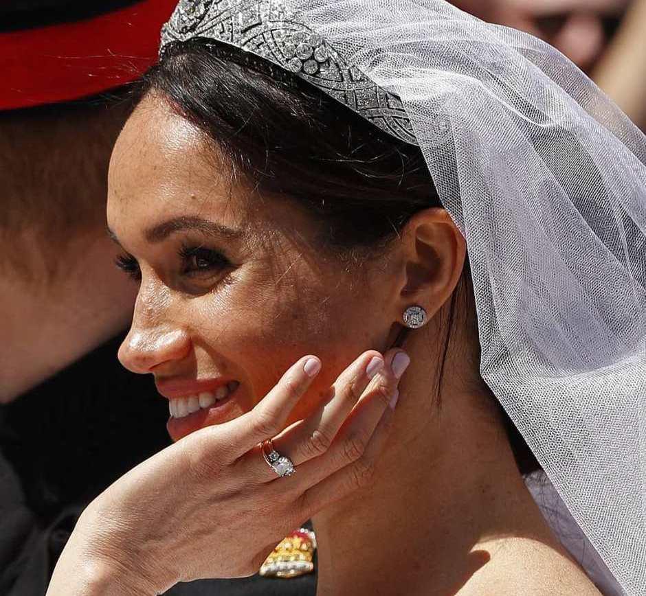 Unghie sposa Meghan Markle