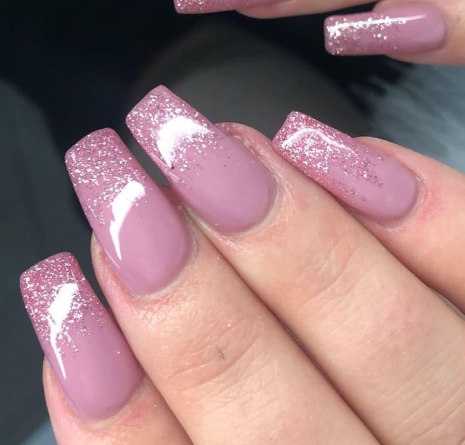 Glitter nail art Natale 2018 unghie rosa