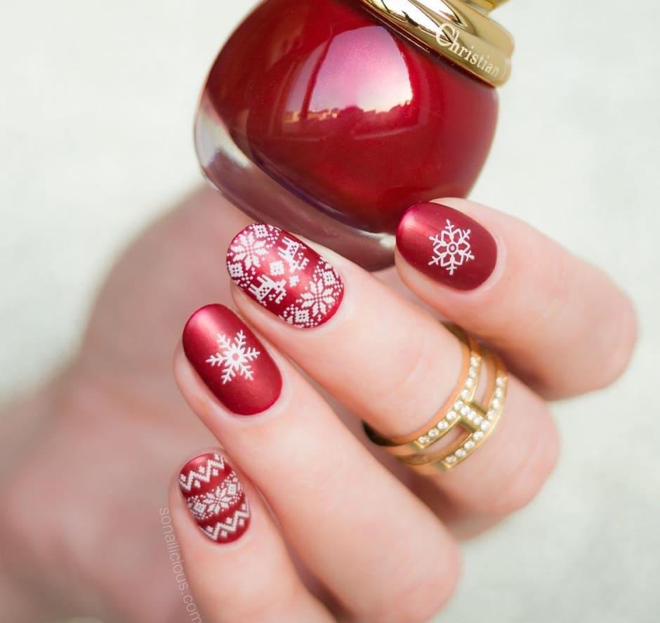Unghie Natale 2018 nail art effetto maglione