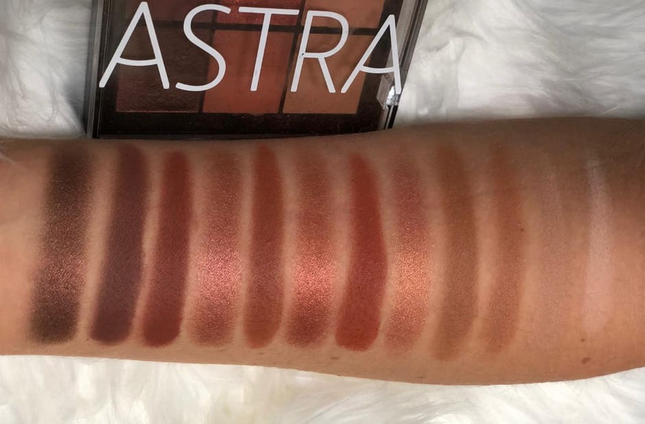 Palette Astra Warm Temptation swatch