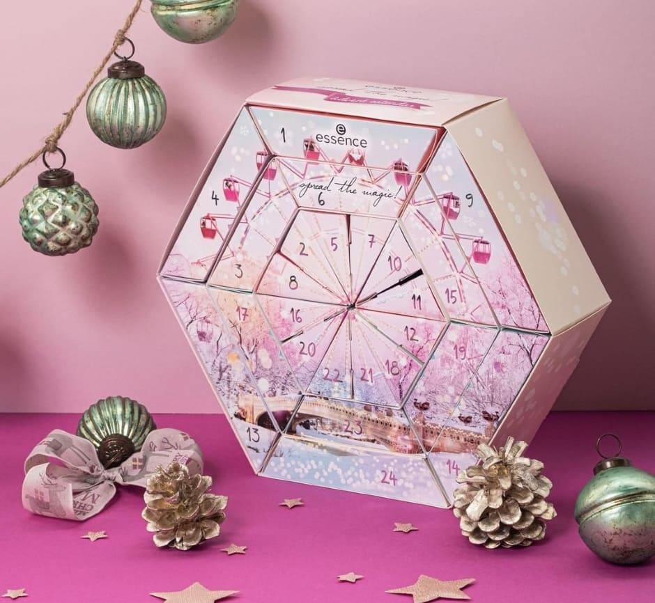 Calendario Avvento Beauty Natale 2019 Essence