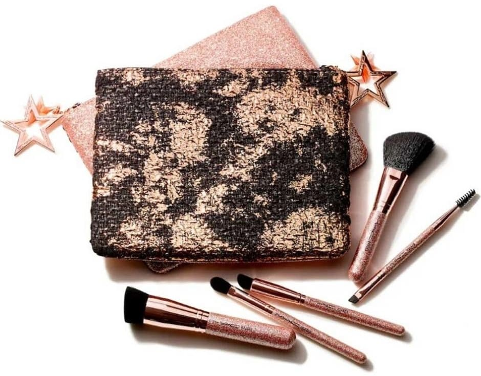 Kit regalo MAC Natale 2019 pennelli make-up