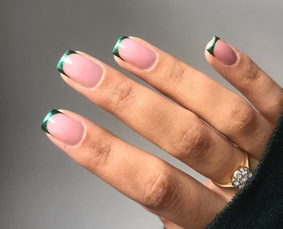 French manicure Natale 2020