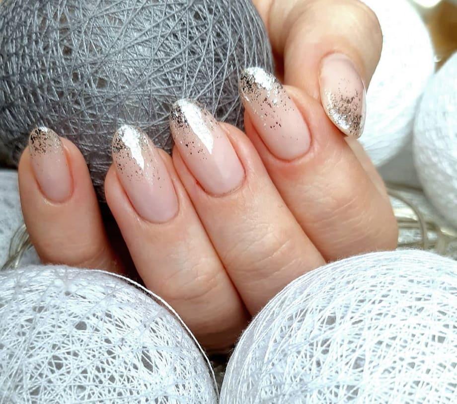 Nail art natalizie glitter