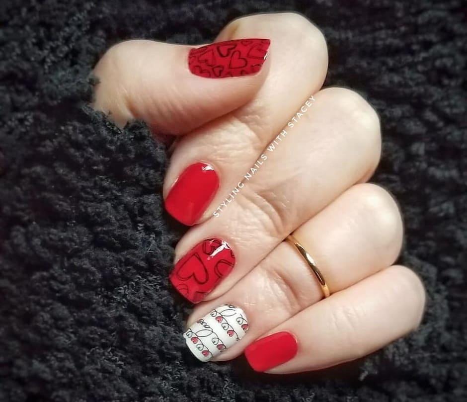 Unghie rosse San Valentino