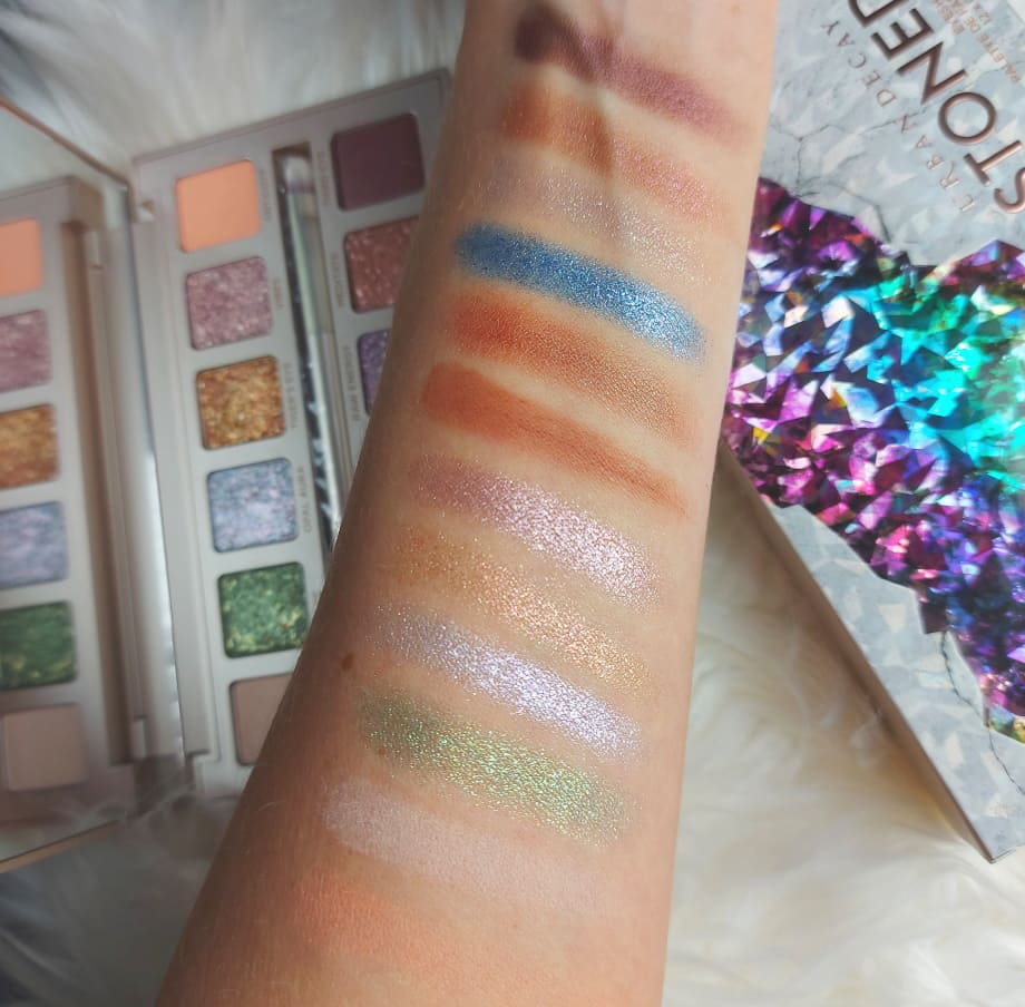Palette Stoned Vibes swatches